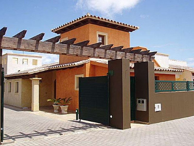 Luxury villa in Corralejo