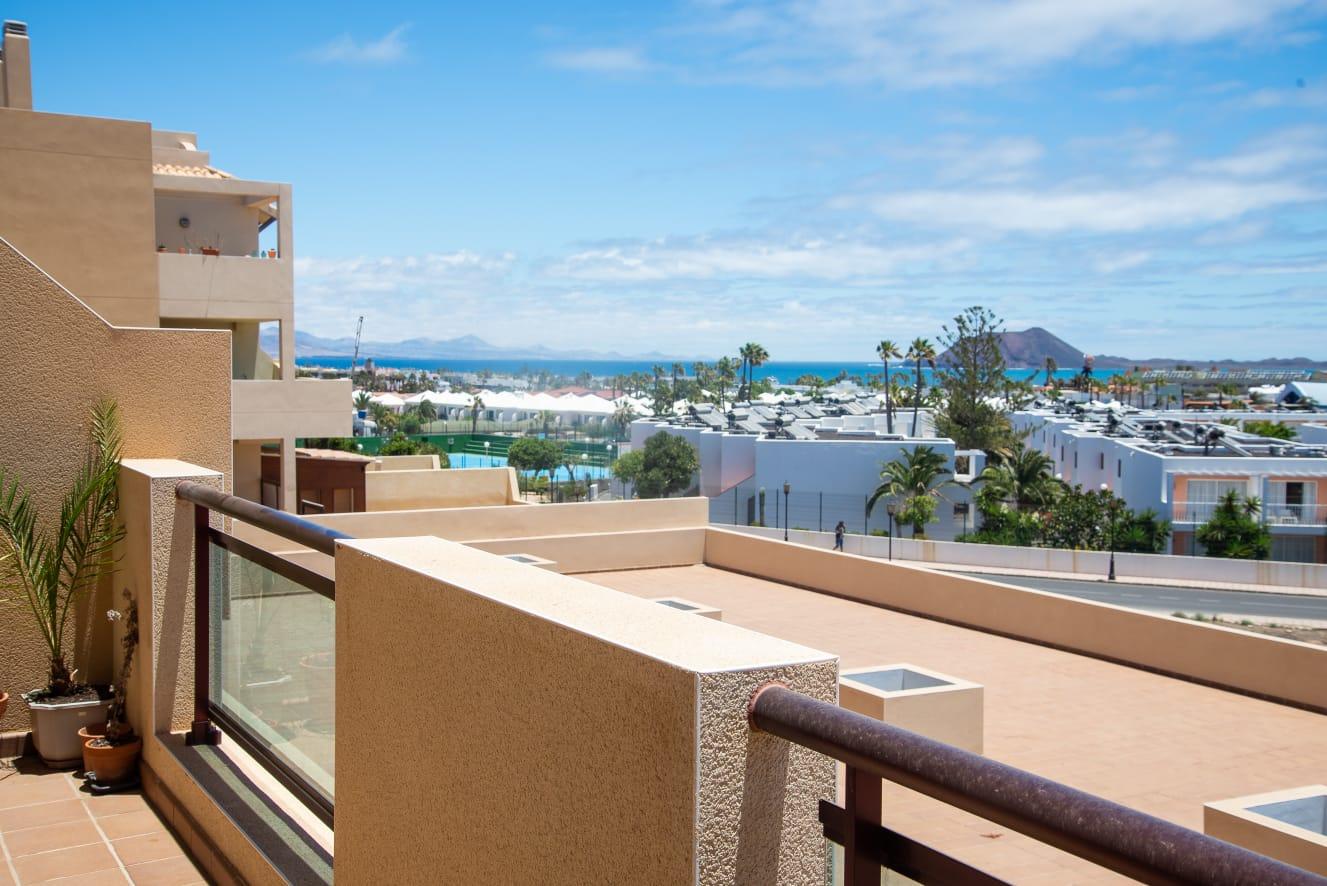 Sea View apartment in Semiramis