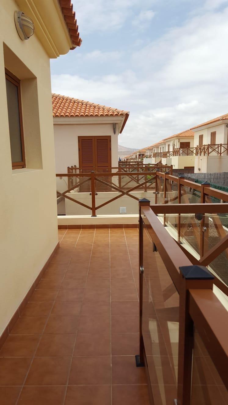 Single Family Home in Pueblo Canario