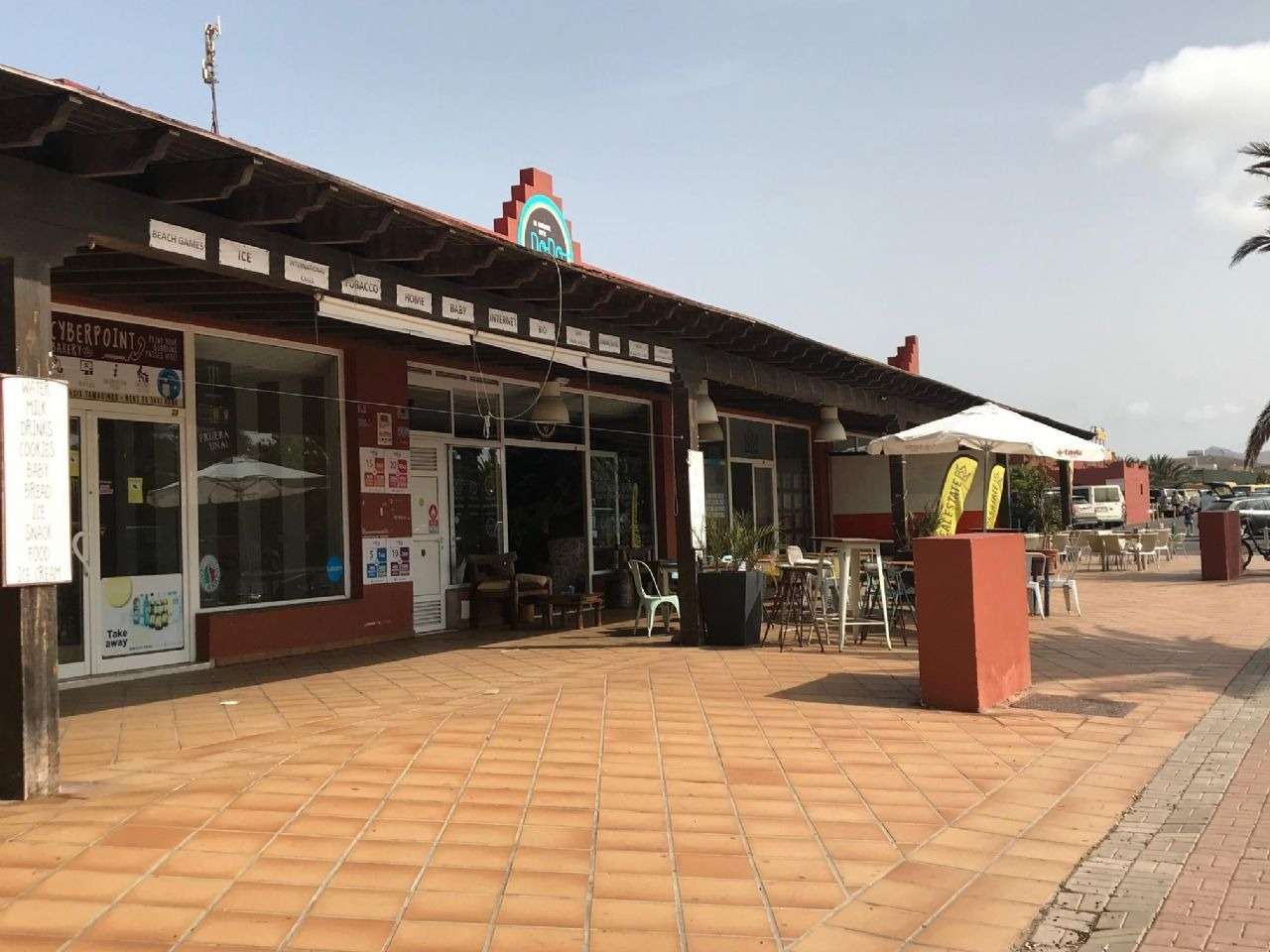 Commercial property in Oasis Tamarindo